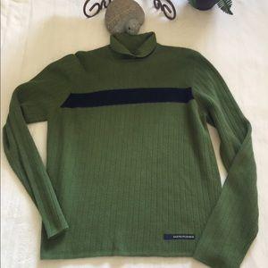 Abercrombie Med green/Navy long sleeve